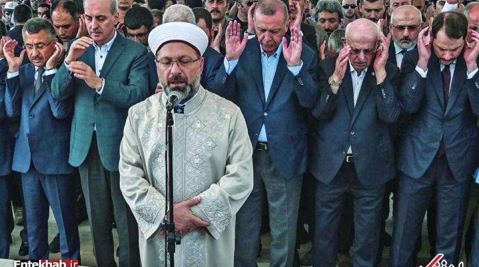 """اردوغان برای """"مرسی"""" نماز خواند"""